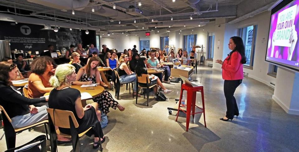 Workshop (WS) là gì ? kinh nghiệm tổ chức workshop