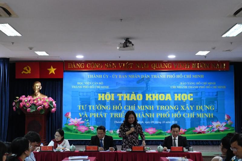 """Tổ chức Hội thảo khoa học: """"Tư tưởng Hồ Chí Minh trong xây dựng và phát  triển Thành phố Hồ Chí Minh""""."""